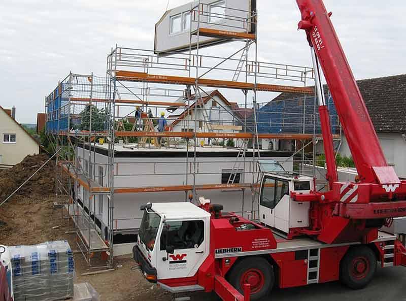 house-construction-1407462_640